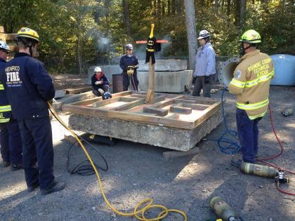 Virginia Beach SCT class 4 ton USAR lifting maze